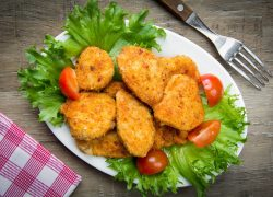 Aprenda a fazer nuggets caseiros e saudáveis